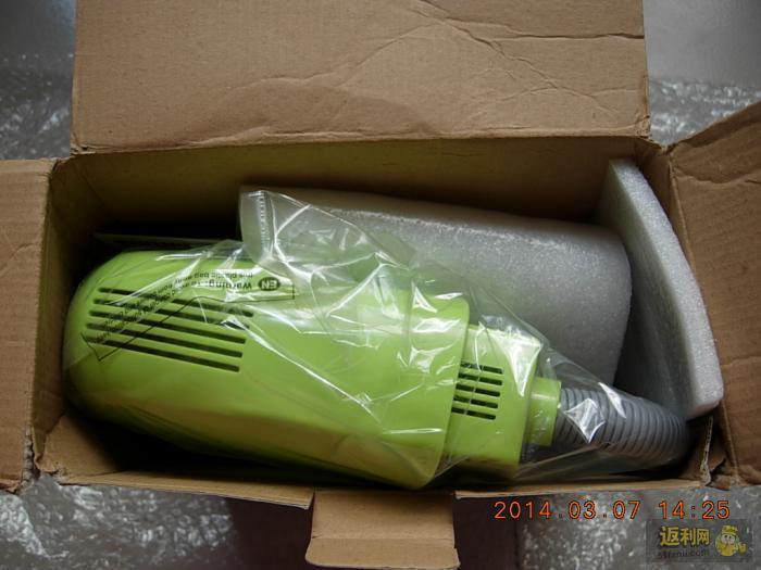 打开包装箱   宝贝链接:   philips彩馨台灯高清图片